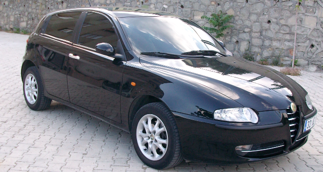 Alfa Romeo 147 1.6 TwinSpark Distinctive