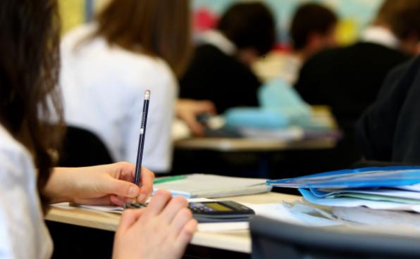 Okulların Ne Zaman Açılacağı Açıklandı. Neden Kapanıyor ki?